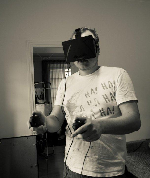 Peero testaa Oculusta