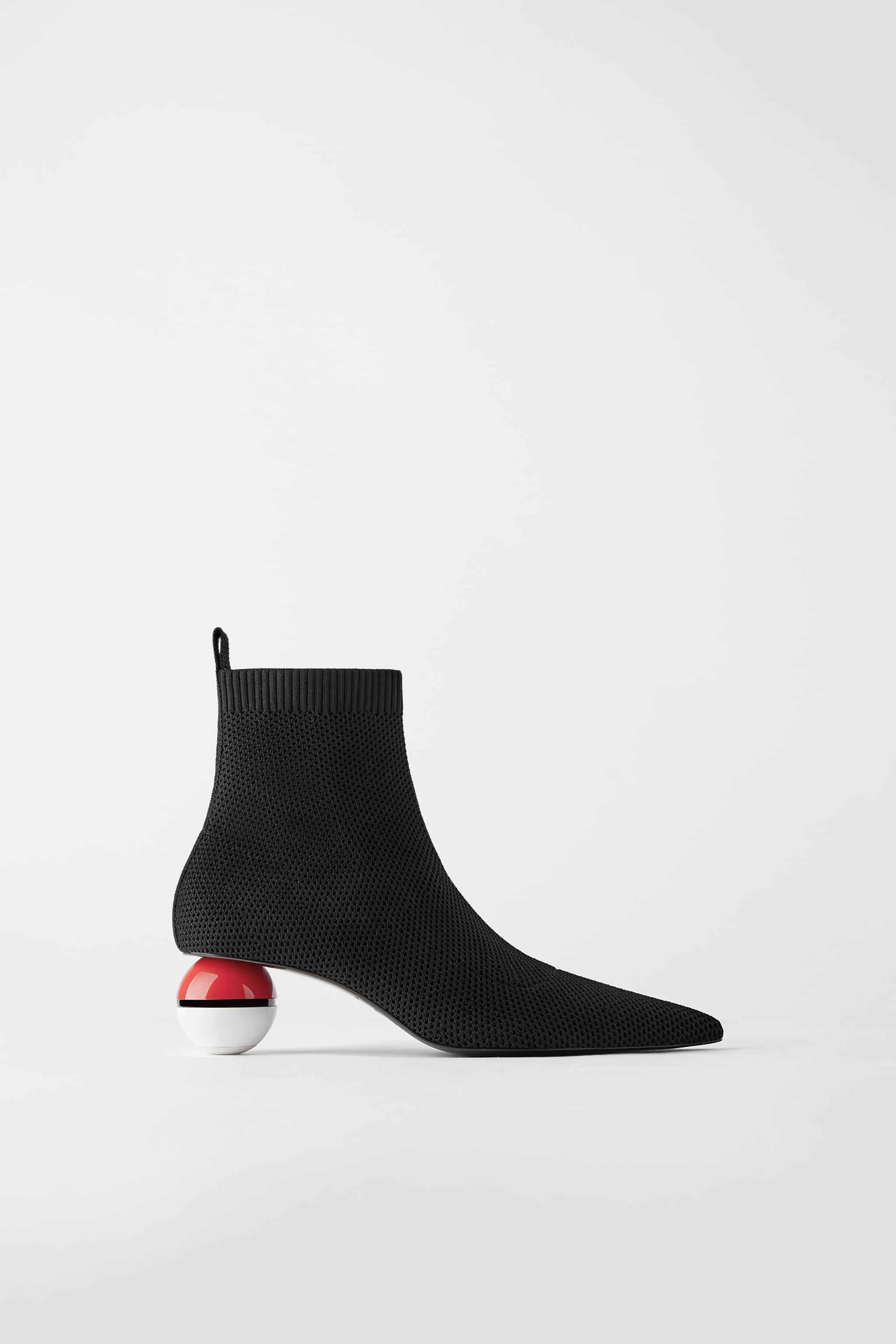 Zara kengät Poképallo jalkineet