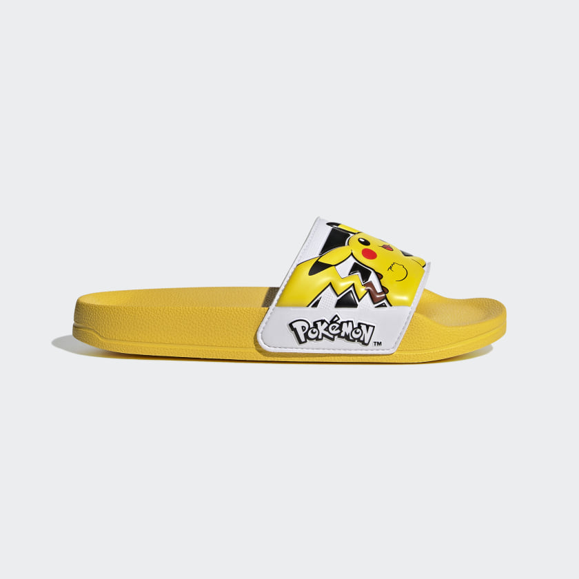 Adilette Shower Slides suihkusandaalit Pokémon Pikachu Adidas sivusta