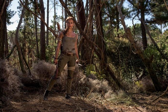 Tomb Raider Alicia Vikander viidakko