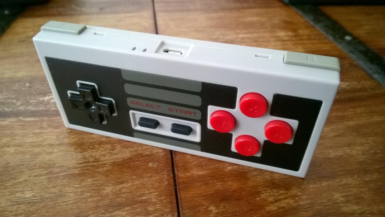 Analogue NT Mini NES30 ohjain