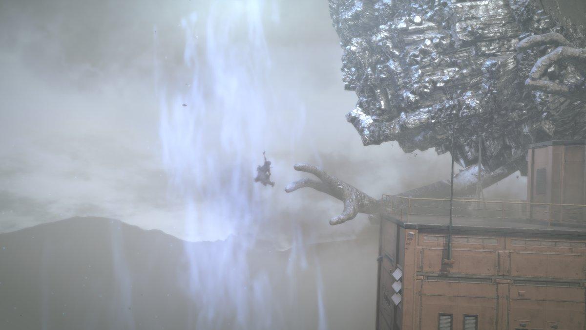 Metal Gear Surviven pomo koettaa tarttua jalkaan matkalla madonreikään