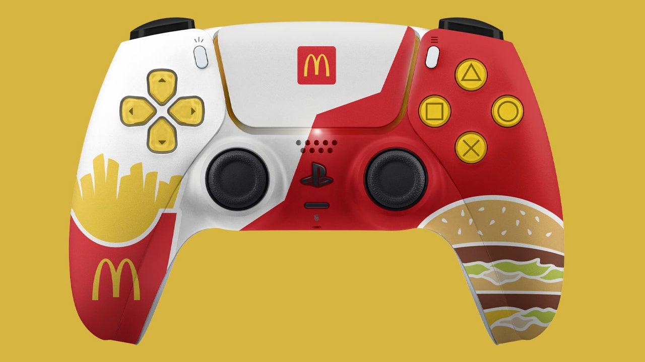 PS5 DualSense McDonalds
