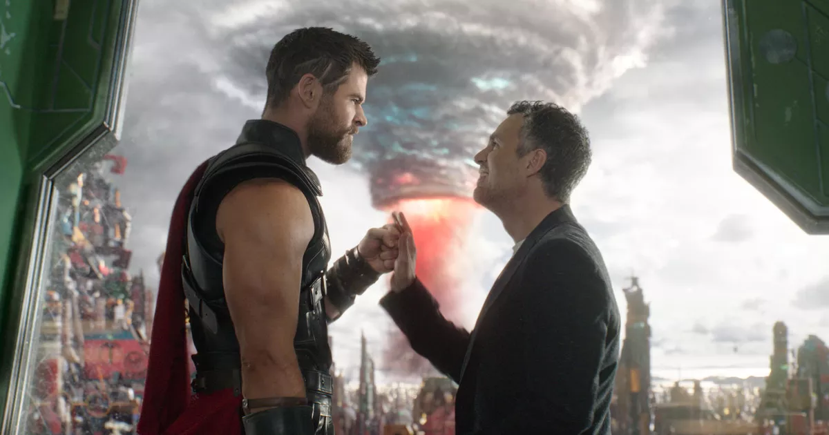 Thor Ragnarok Thor ja Bruce Banner Hemsworth ja Ruffalo