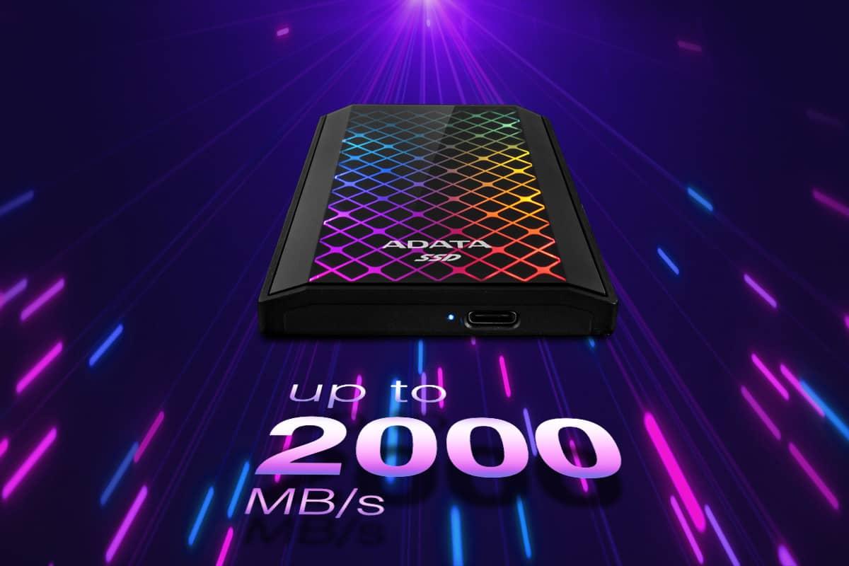 ADATA SE900G lupaa jopa 2 000 Mt/s -nopeuksia