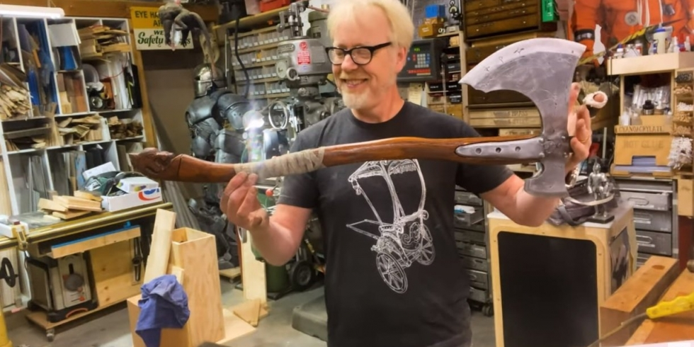 Adam Savage Leviathan-kirves axe