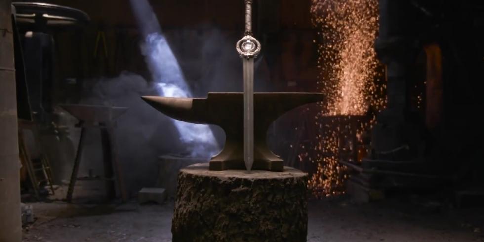 Dawnbreaker Skyrim miekka sepät takovat