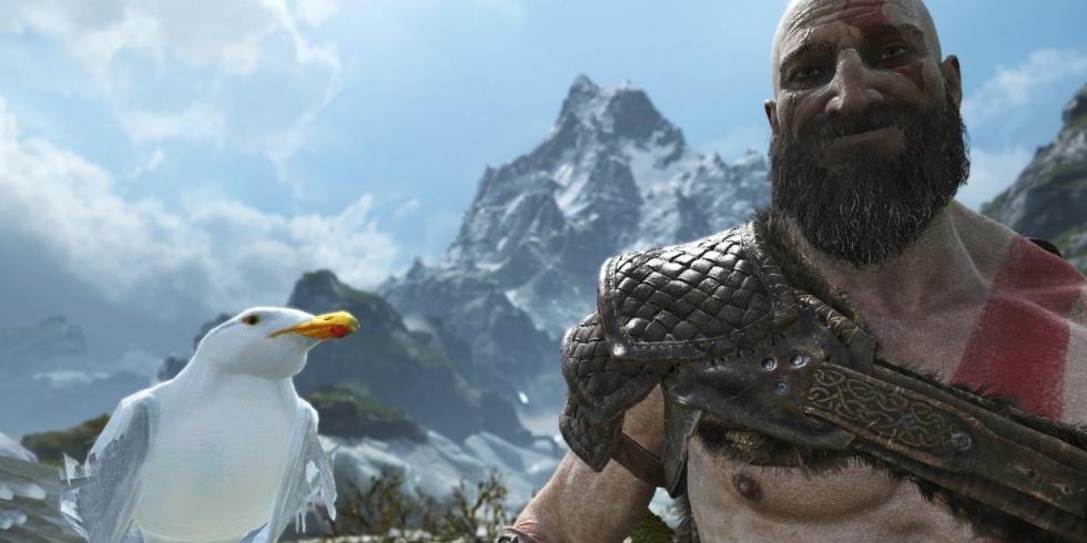 Lokki ja Kratos iloisena God of War photo mode valokuvausmoodi