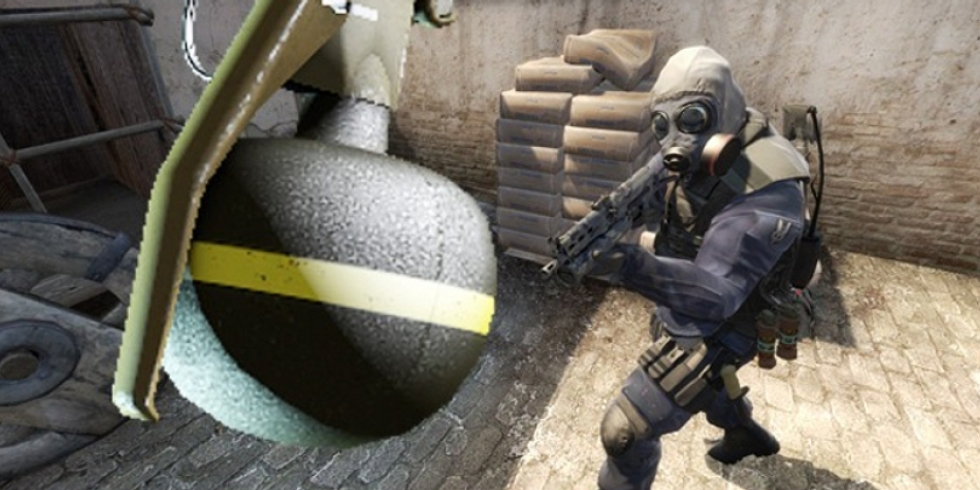 Counter-Strike: Global Offensive grenade