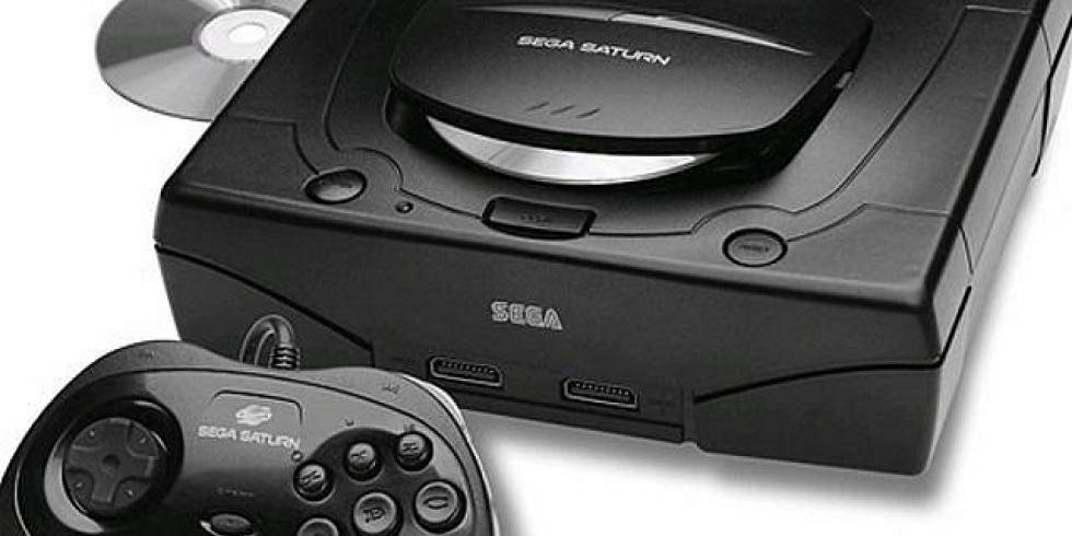 Sega Saturn, konsoli ja ohjain