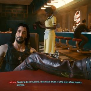 Cyberpunk 2077 Keanu, jalka pois pöydältä