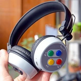 SNES kuulokkeet Kickstarter