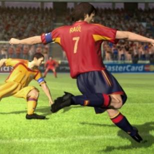 X05: Roppakaupalla kuvia Xbox 360:n FIFA 06:sta