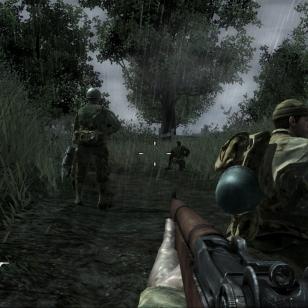 Sateessa ja mudassa saa sotamies elää