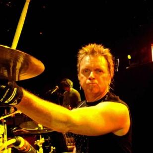 Aerosmith-rumpali puolusti musiikkipelejä