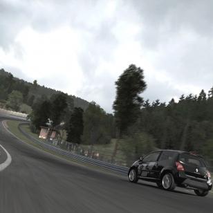 Forza 3:ssa kisaillaan Barcelonan F1-radalla