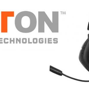 Testissä Tritton AX 120 -kuulokkeet