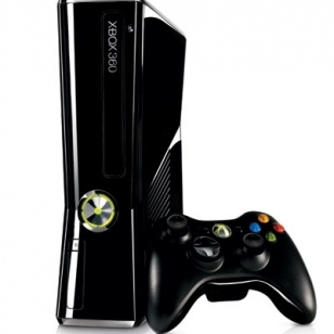 Analyytikot: Microsoft ei laske Xbox 360:n hintaa vuonna 2012