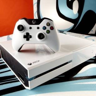 Xbox One maalataan Call of Dutyn ja Sunset Overdriven väreihin