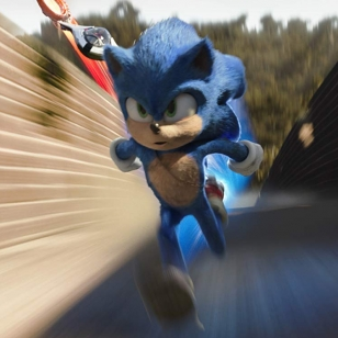 Sonic the Movie kovaa menoa muurilla